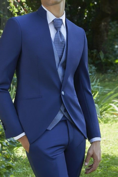 Blue groom suit Ceremony 21.01.340